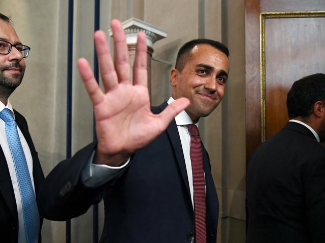 M5S, l'Assemblea dà il via libera alle trattative col Partito Democratico