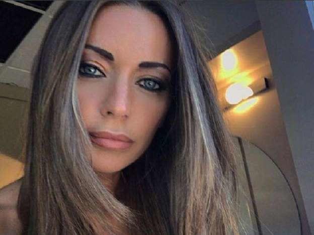 """Karina Cascella si sfoga e i fan si preoccupano: """"Non si è sempre felici"""""""