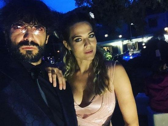 """Emma Marrone, i messaggi di Marco Bocci e Laura Chiatti: """"E' vero che sei bella ma sei anche cazzuta!"""""""