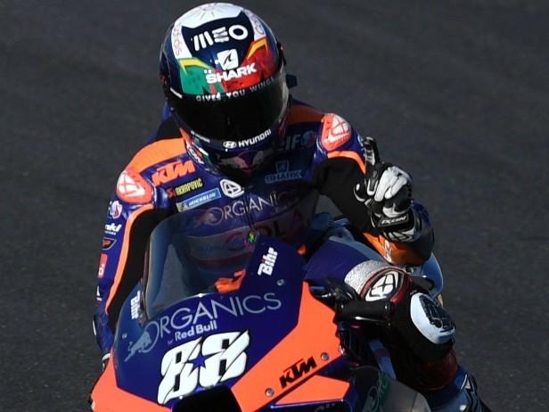MotoGP, GP Portogallo: a Portimao Oliveira in pole, 2° Morbidelli, 3° Miller, 17° Rossi