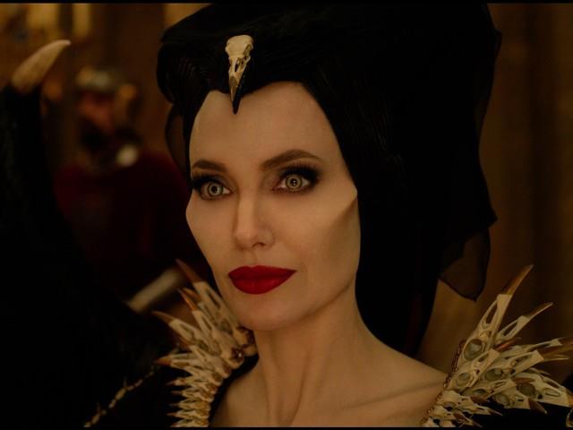 Jolie vs Pfeiffer, l'asso nella manica di Maleficent – Signora del Male