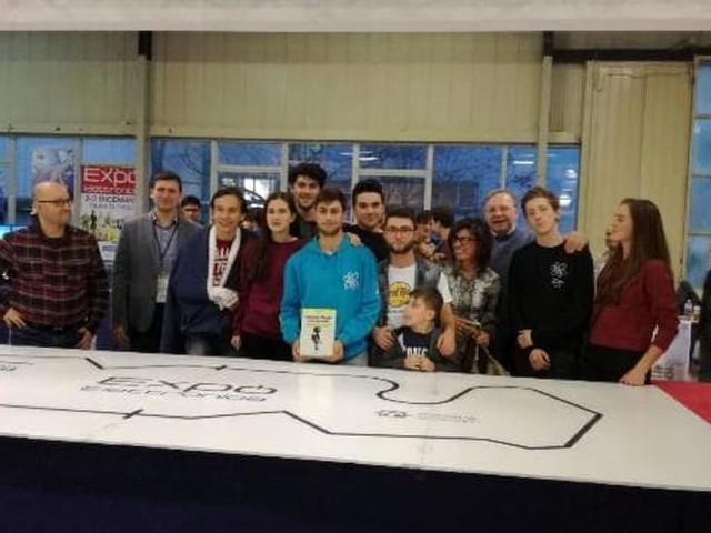 Lo Scientifico vince la tappa forlivese delle Olimpiadi Robotiche Italiane
