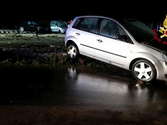 Maltempo in Sicilia, ancora dispersa la coppia travolta dal fango a Scordia