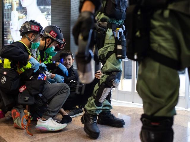 Hong Kong, nuovi scontri durante la vigilia di Natale