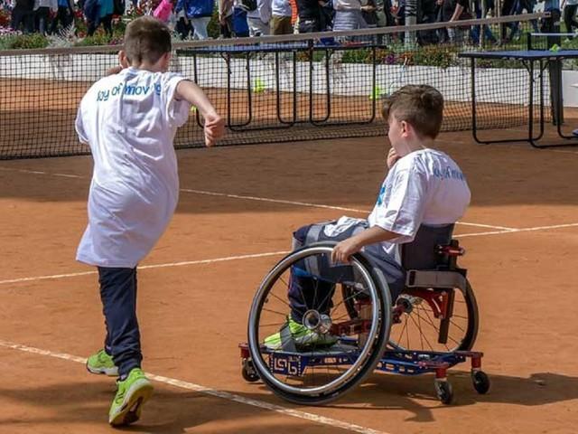 Crowdfunding per permettere agli alunni disabili di fare sport a scuola