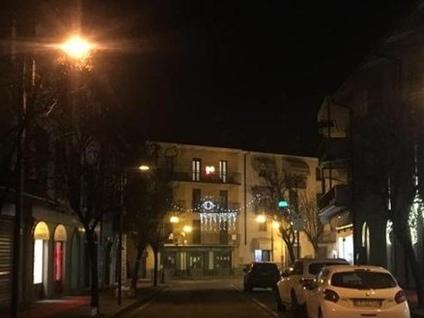 Trescore Balneario, negozianti divisi Metà del centro è senza luminarie