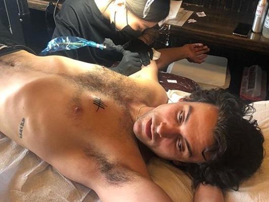 Jack Falahee ha due nuovi tattoo