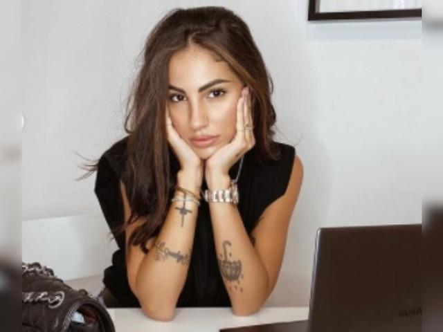 Giulia De Lellis mostra ai suoi fan il suo stato d'animo e parla del suo problema su Instagram