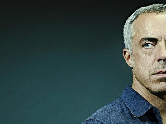 Bosch al via la quarta stagione del detective di Michael Connelly