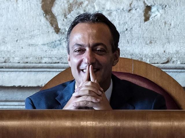 De Vito scrive a Raggi dal carcere: «Non mi dimetto»