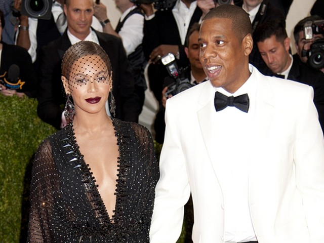 Beyoncé e Jay-Z girano il loro ultimo video al Louvre: record d'ingressi