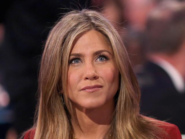 Jennifer Aniston e i falliti matrimoni: 'sono stati felici'