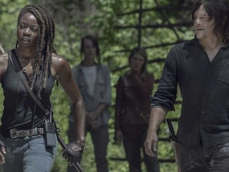 The Walking Dead 10 riparte con due episodi al cardiopalma, parola di Greg Nicotero