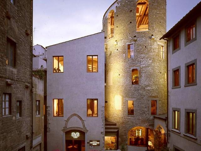 Al Brunelleschi Hotel, per toccare la Cupola con un dito