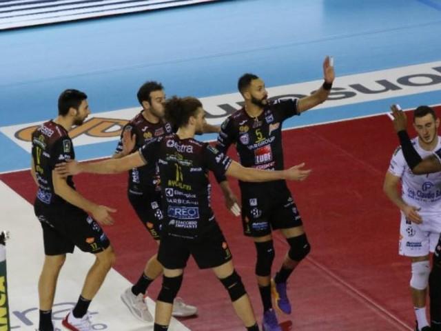 Volley, la Lube attende Verona all'Eurosuole Forum: fissato al 2 dicembre il recupero con Cisterna