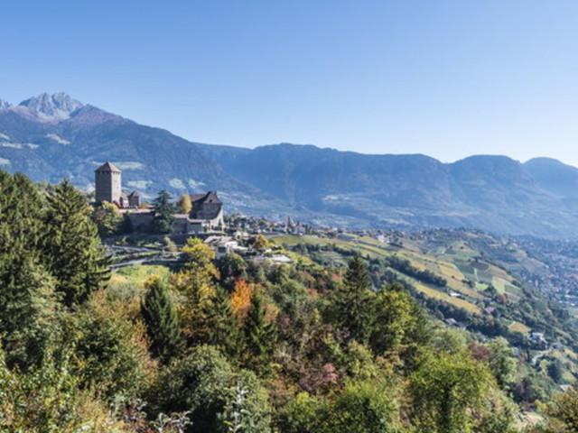 Tirolo, la magnifica terrazza dell'Alto Adige