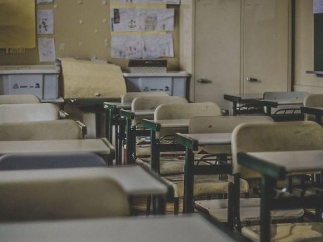 Paradosso scuola: i posti ci sono, i concorsi no