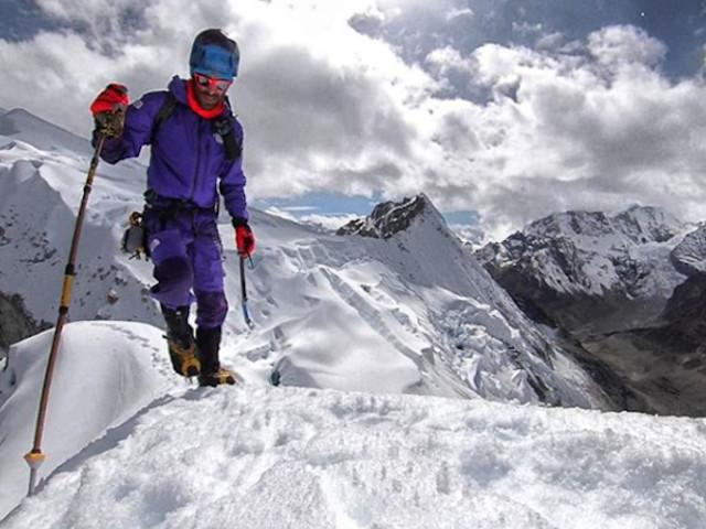 """Chamlang (7319 m). Hervé Barmasse: """"forse abbiamo perso il treno, o forse no?"""""""