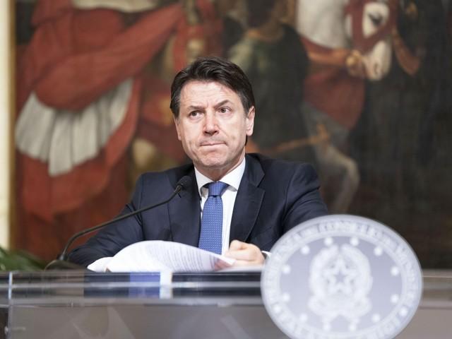"""Ora Harvard boccia l'Italia: """"Così i politici hanno sottovalutato il virus"""""""