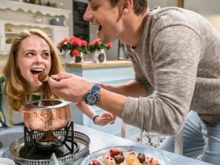 Tempesta d'amore, anticipazioni tedesche: LUCY (sorella di Romy) si innamora di PAUL!