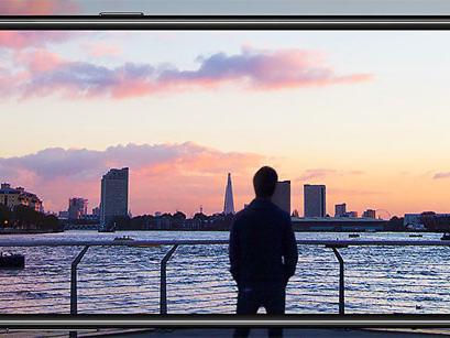 Galaxy A8 2018, Samsung introduce opzione per gestire la sensibilita' del tocco