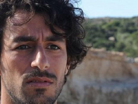 Nell'ultima puntata de L'Isola di Pietro l'omicidio di Samuele metterà Alessandro nei guai: anticipazioni 29 ottobre