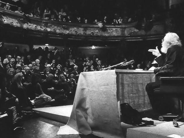 La musica come il teatro di Jerzy Grotowski: povera, senza tutto il superfluo