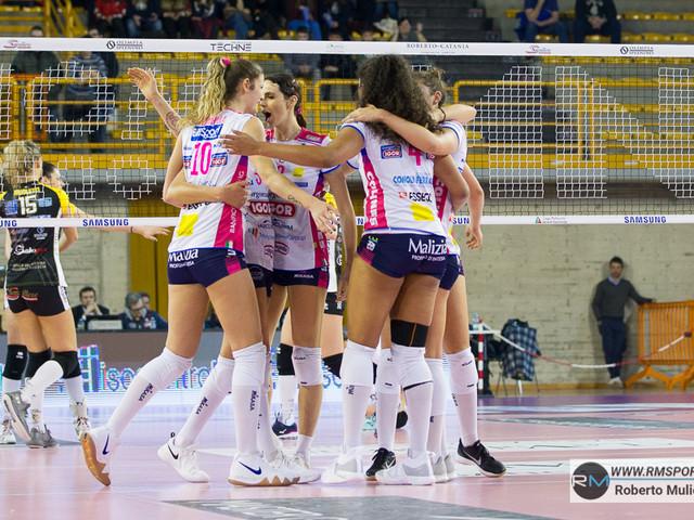 Volley femminile, gara-3 Novara-Firenze: orario d'inizio e come vederla in tv e streaming