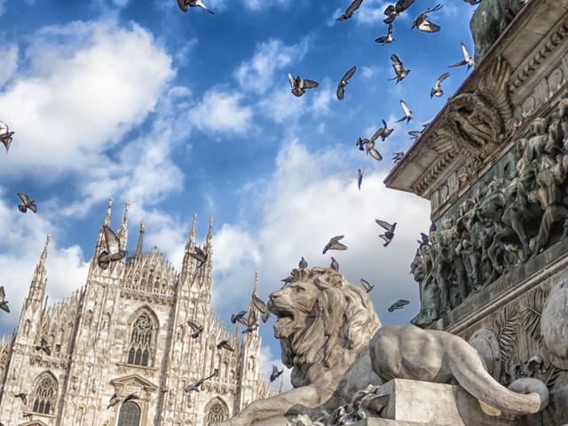 """Milano, le nuove sfide da """"smart city"""" e la questione autonomia post referendum"""