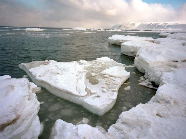 """Cambiamento climatico: l'Artico si trasforma in un """"nuovo Oceano"""""""