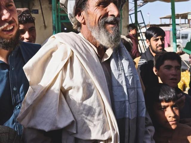 Afghanistan, il mondo alla rovescia dei talebani