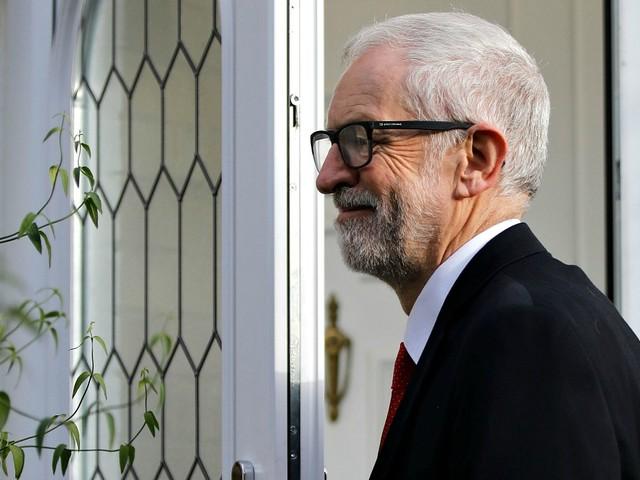Elezioni Regno Unito, la campagna pro-Brexit dei Tory ha sgretolato il Muro Rosso laburista: molti collegi ex-Labour hanno votato Johnson