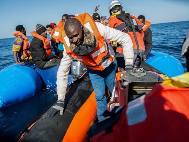 A gennaio con Salvini solo 155 migranti (il Pd ne fece sbarcare 3mila)