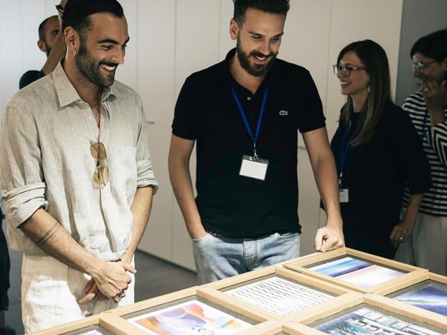 Il gioco da tavolo Clementoni ispirato ad Atlantico di Marco Mengoni: prezzo e acquisto in versione autografata
