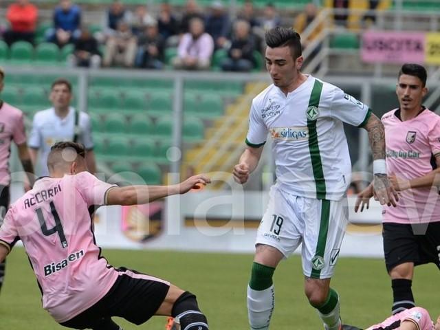 Palermo vs Avellino 3-0. I rosanero tornano a correre