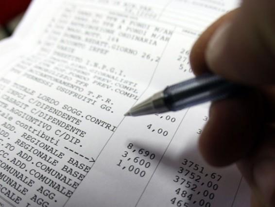Tasse, ecco come cambia la busta paga: tutti i calcoli
