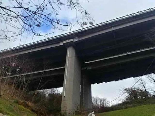 Campomarino, operaio muore dopo caduta nel vuoto da 30 metri: stava lavorando su pilone viadotto