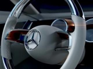 Gruppo Daimler - Elettriche e ibride: la sigla EQ a disposizione di tutti i brand