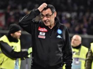 Il Napoli prima sotto, poi vince. Sarri, vittoria importante, con la Lazio era dura