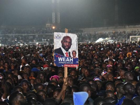 Alle presidenziali in Liberia è in vantaggio George Weah