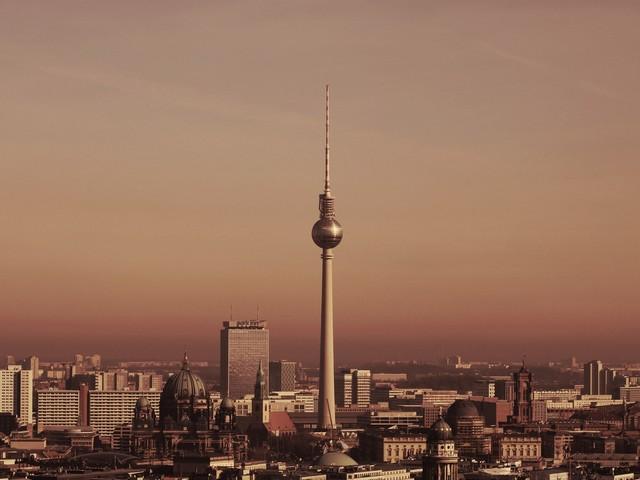 Le nuove strade di Berlino in cui sarà obbligatorio indossare la mascherina