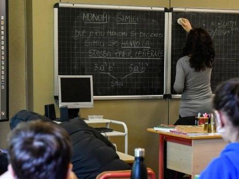 Palermo, professore preso a schiaffi a scuola dalla madre di un'alunna