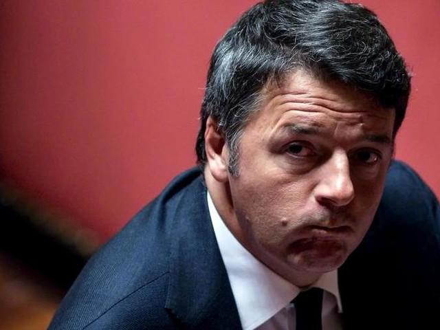 """Manovra, Renzi rivendica la battaglia contro le tasse: """"Vittoria di Italia viva"""". M5S: """"No, merito del governo unito"""""""