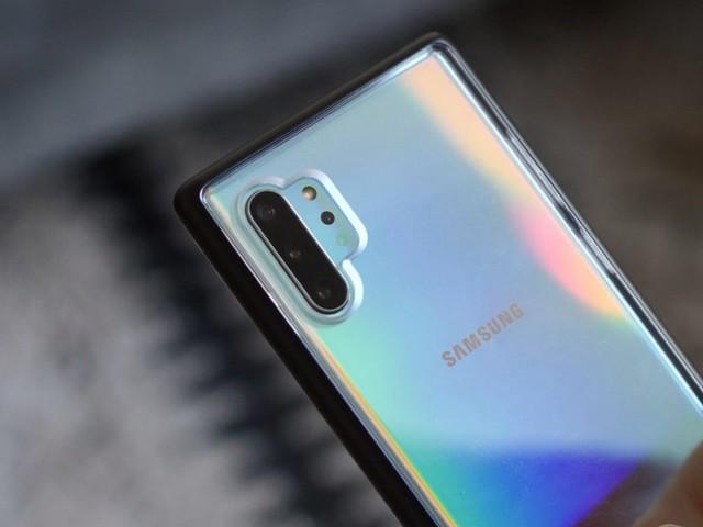 Leggero ritardo per il Samsung Galaxy Note 10 con la beta di Android 10: la nuova data trapelata