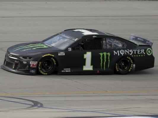 NASCAR Cup Series, Kurt Busch trionfa in casa e passa il turno
