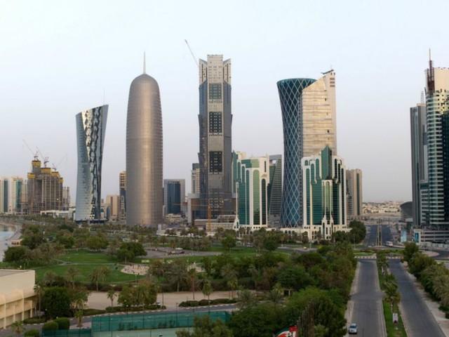 Visitare i dintorni della capitale del Qatar, fortezze e mari
