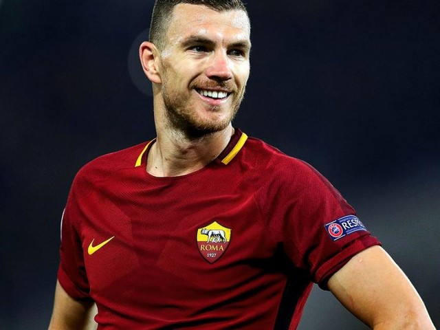 L'Inter deve dire addio a Dzeko: ufficiale il rinnovo con la Roma