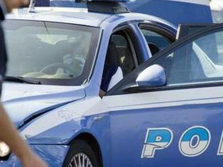 Cremona, ragazzo 20enne uccide la madre e fugge. Il marito trova il corpo in camera da letto