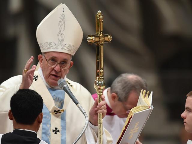 """""""Nessuno senza lavoro"""",Bergogliobenedice il 1 Maggio"""