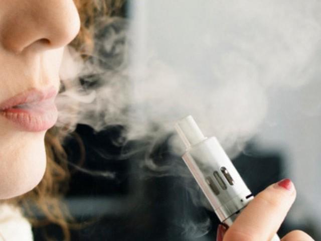 Usa, primo caso al mondo di morte da sigaretta elettronica: crisi respiratoria fatale